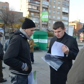 На зустрічі з виборцями у Ковелі. 2011 р.Б.