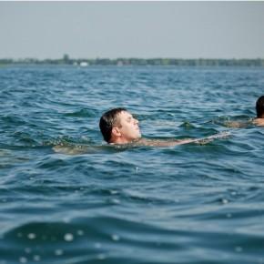 Ігор Гузь переплив Світязь задля порятунку Шацьких озер 22 серпня 2012 р.Б.
