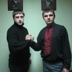 """З лідером організації """"Молода Білорусь"""" Артуром Фінкевічем 2010 р.Б."""