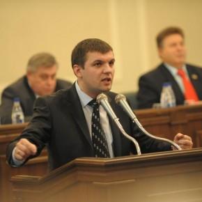 На сесії обласної ради 2010 р.Б.