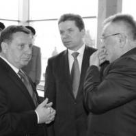 Ігор Гузь: Кандидати від Партії регіонів та її васалів через благодійність купують голоси волинян